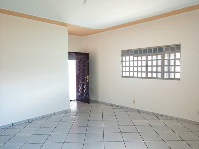 Excelente Casa no bairro Santo Amaro - (67) 99292-9002