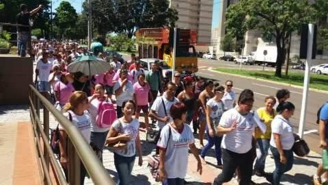 Servidores chegam na Prefeitura da Capital e pedem diálogo sobre reajuste