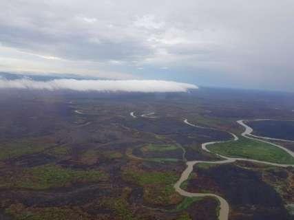 Chuvas de até 70 mm apagam fogo no Pantanal e Bombeiros monitoram área
