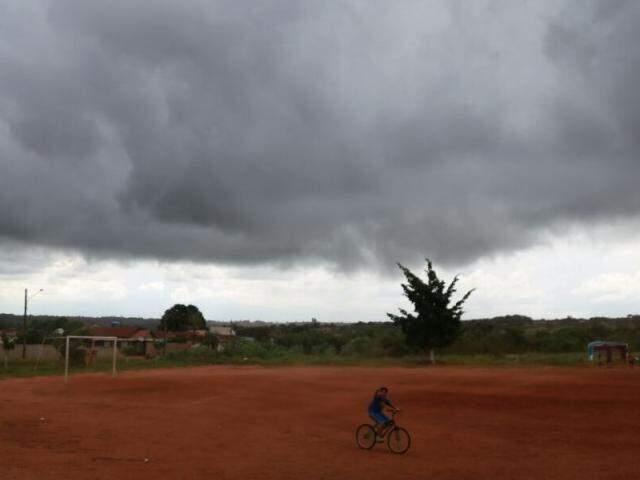 Previsão é de chuva e ventania nesta tarde (Foto: Alcides Neto)