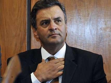Procuradoria pede prisão de Aécio Neves e STF afasta senador