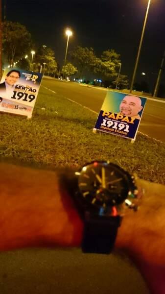 O horário permitido para presença de cavaletes em via publicas é somente das 06h00 as 22h00.(Foto: Repórter News)