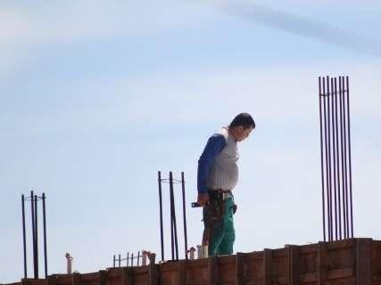 Construção civil já demitiu dois mil trabalhadores só neste ano no Estado
