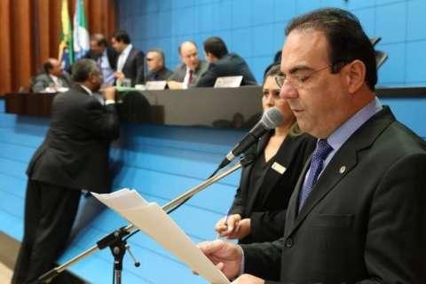 Eleitos, deputados agora fazem campanha para governo e presidência
