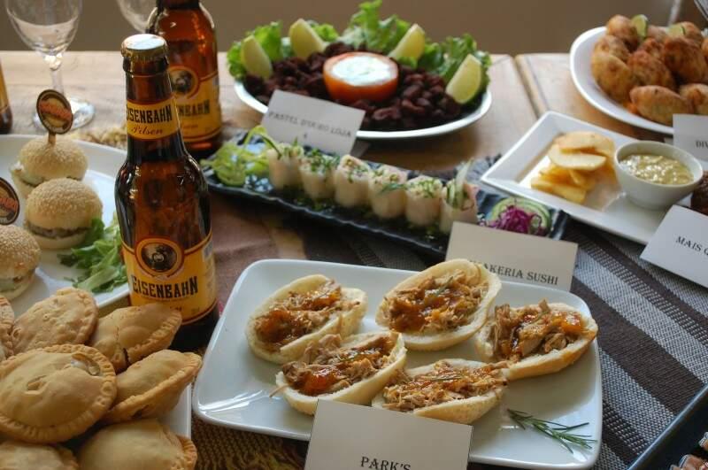 Porções são vendidas pelo preço fixo de R$ 15,00 nos bares participantes (Fotos: Naiane Mesquita)