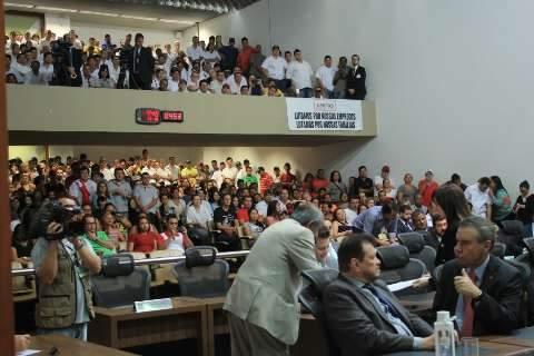 Deputados tentarão acordo judicial com JBS para desbloquear R$ 730 milhões
