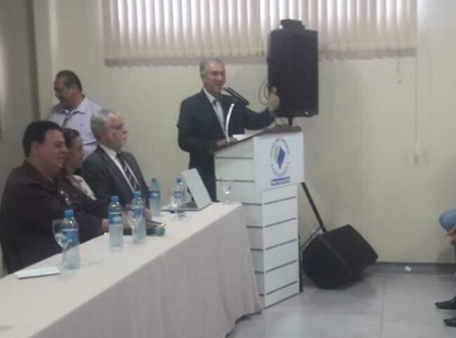 Reinaldo durante evento da União das Câmaras de Vereadores. (Foto: Izabela Sanches)