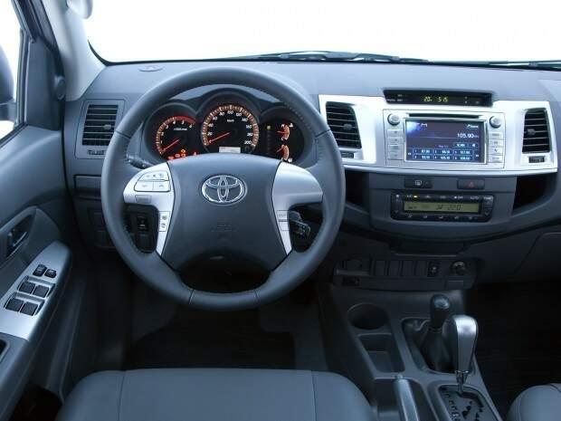 Toyota lança nova versão da Hilux Flex com câmbio automático e tração 4x2