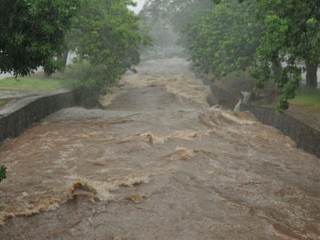 Temporal da última quarta-feira (30) foi uma prévia das fortes chuvas dos próximos dias. (Foto: Alcides Neto)