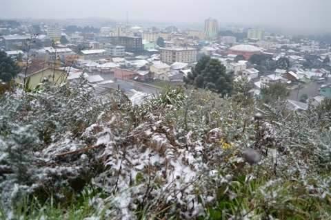 Quando previsão é de maior frio dos últimos anos, saiba preço de ver neve