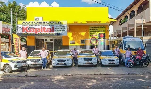 Com 17 funcionários e uma frota formada por 5 carros, 2 motos e 1 ônibus, a Autoescola Kapital está sempre pronta para te atender! (Foto: Divulgação)