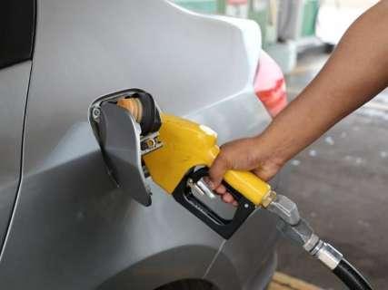 Valor da gasolina tem leve alta e fecha semana com média de R$ 4,04 em MS