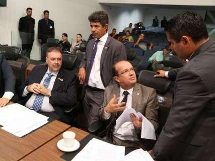 Governo começa ano com 20 deputados na sua base aliada
