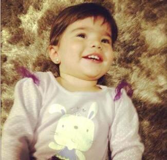 Para os pais, Carolzinha vai ter, para sempre, 1 ano e 3 meses.