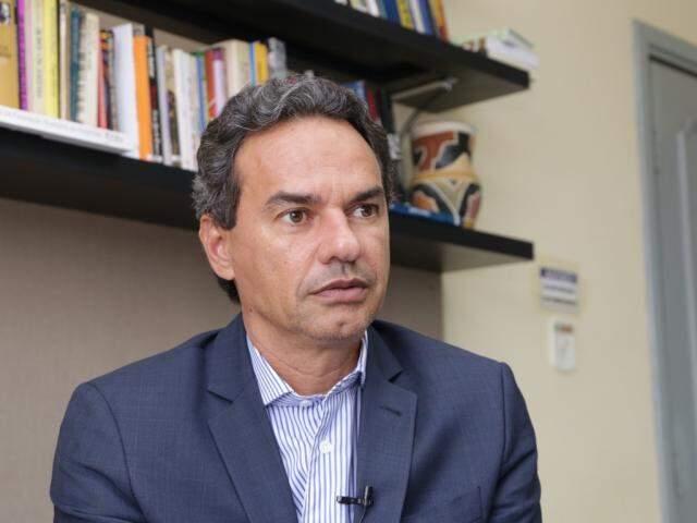 Prefeito Marquinhos Trad em entrevista ao Campo Grande News (Foto: Kísie Ainoã)