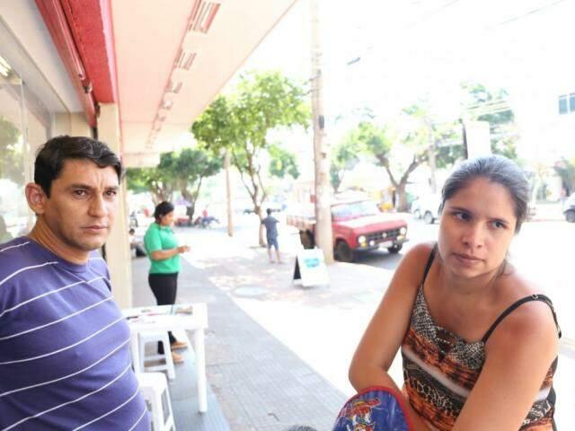 Para casal, Willian e Layane sorteio será um motivo para tornar prática de pedir CPF na nota fiscal um hábito (Foto: Paulo Francis)