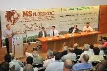 Longen declarou que a meta é dar apoio às indústrias já instaladas (Foto: Divulgação).