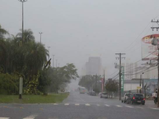 Chuvas devem chegar principalmente no período da tarde. (Foto: Fernando Antunes)