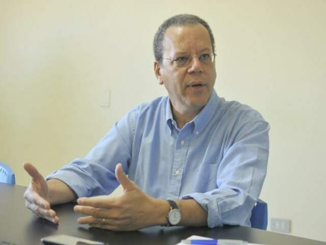 Marcelo Bluma, candidato do PV, durante entrevista. (Foto: Alcides Neto/Arquivo).