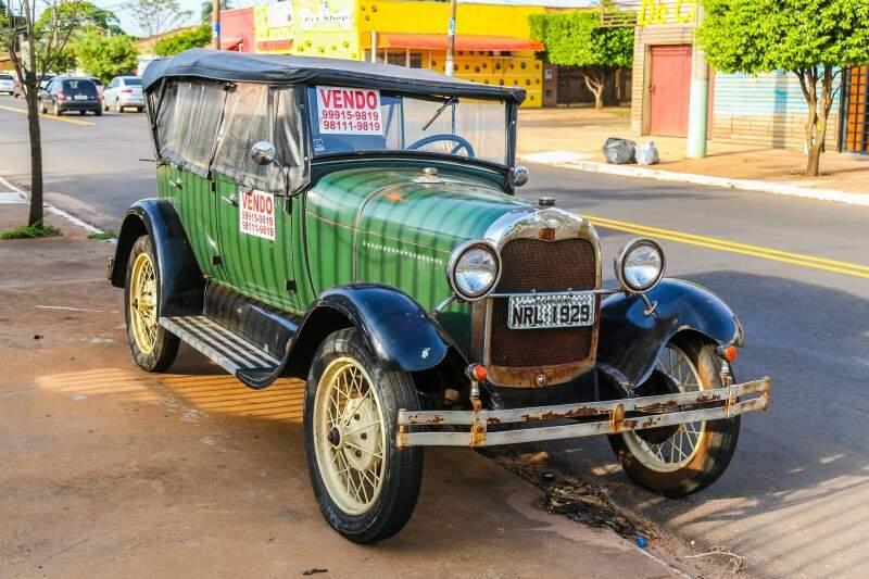 Ximbica verde, de 1929, está a venda. Mas tem que pagar R$ 90 mil pela relíquia. (Foto: Fernando Antunes)