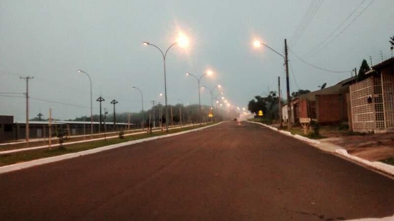 Sábado (16) amanheceu nublado em Campo Grande. (Foto: Fernando Ricardo Ientzsch)