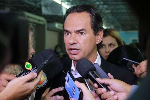 """""""Quem sofre é o cidadão"""", afirma Marquinhos sobre contrato da Águas"""