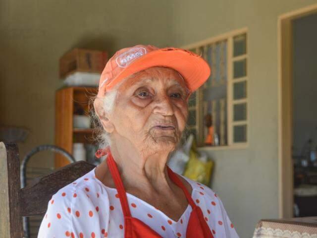 Ela é independente e conta sua história de vida (Foto: Simão Nogueira)
