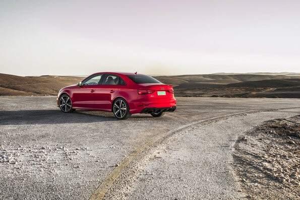 Novo Audi RS 3 começa a ser vendido no país nas versões Sportback e Sedan