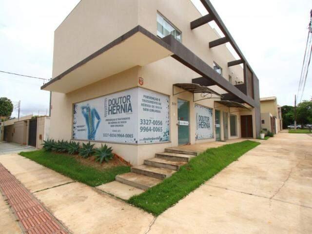 Doutor Hèrnia fica na na Rua João Akamine, 505, Bairro Santa Fé.