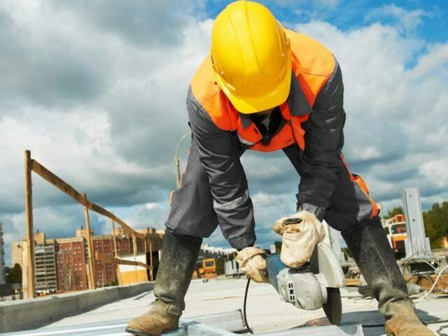 Construção civil está entre os setores que mais contribuem para o avanço do desemprego em MS (Foto: Divulgação)