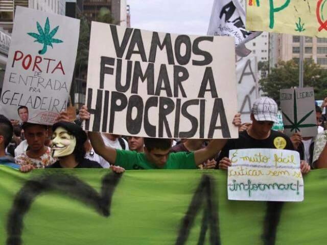 Marcha ocorre em todo o Brasil, sempre com palavras de ordem a favor da liberação da maconha.