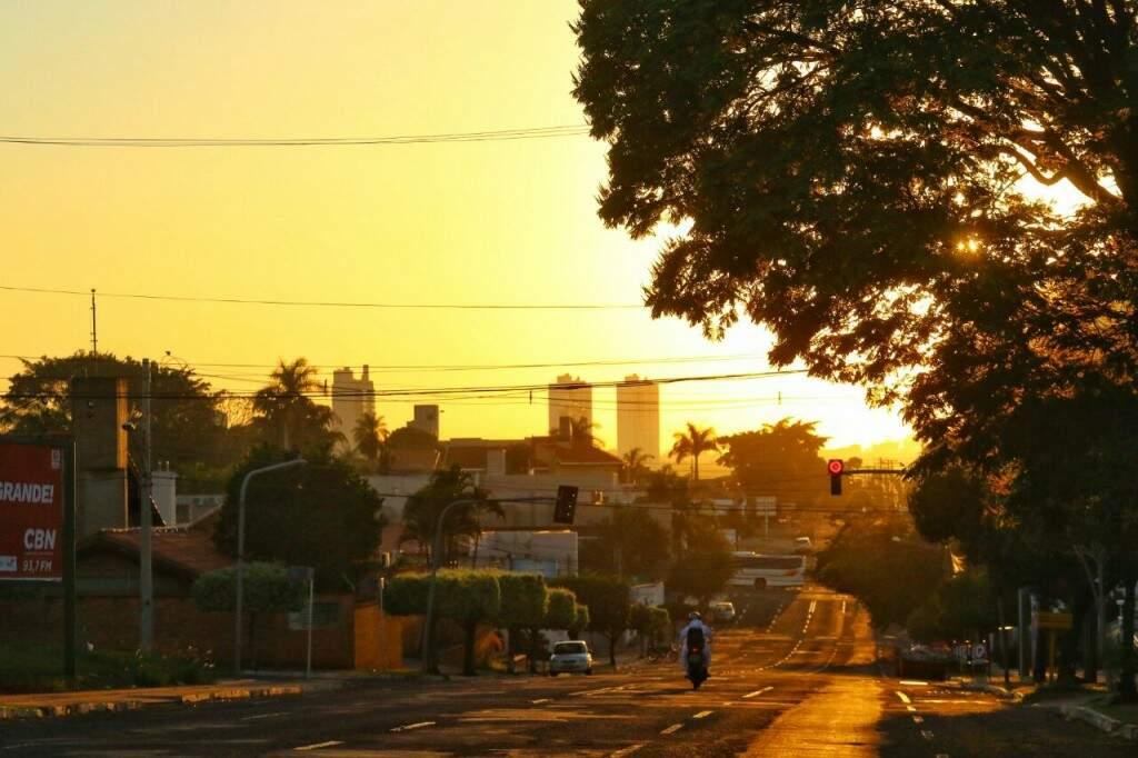Capital registra 21ºC na manhã desta quarta-feira (6). (Foto: André Bittar)