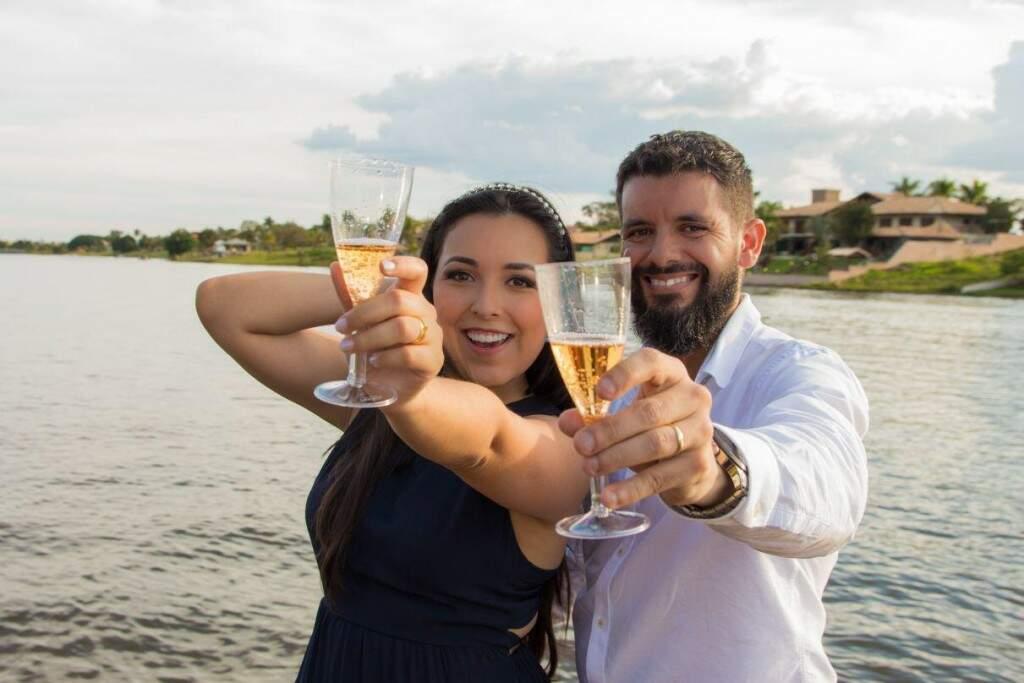 Gabriela e Christian se casaram em abril de 2018 em Campo Grande. (Foto: Arquivo pessoal)