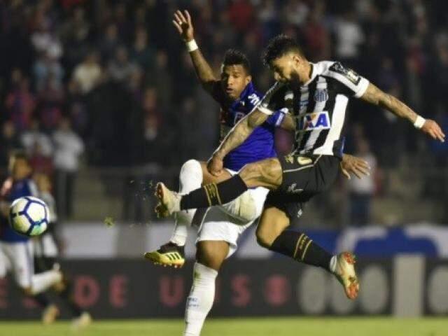 Lance do segundo gol de Gabriel na vitória sobre o Paraná (Foto: Divulgação)