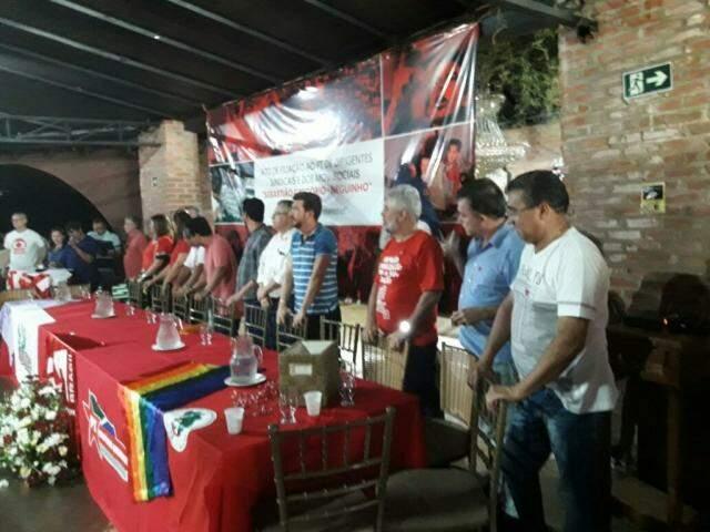 Lideranças no evento de filiação do PT (Foto: Ricardo Campos Jr.).