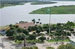 Chuva forte faz rio Paraguai subir 9 cm e 30 pessoas são desalojadas