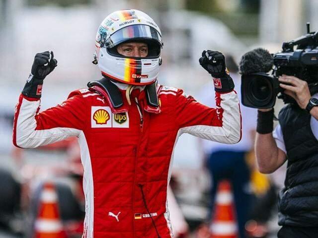 Alemão conquistou a 53ª pole da carreira