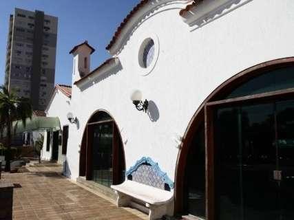 Fechada há anos, casa histórica da Afonso Pena reabre para mostra de arquitetura