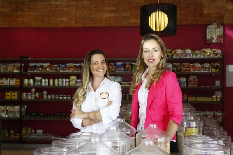 Proprietárias deixaram o ramo farmacêutico por acreditar que alimentos evitam doenças.