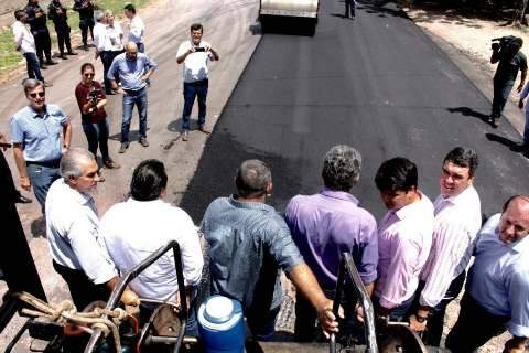 Governo inicia obras de recapeamento de 273 mil metros de asfalto