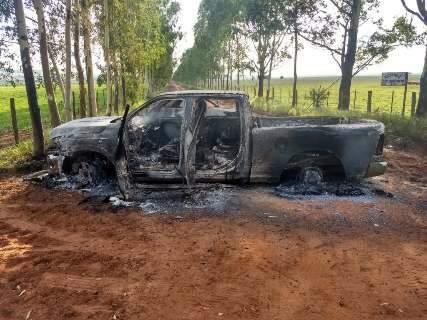 Paraguai liga facções brasileiras a ataque com bomba e tiros na fronteira