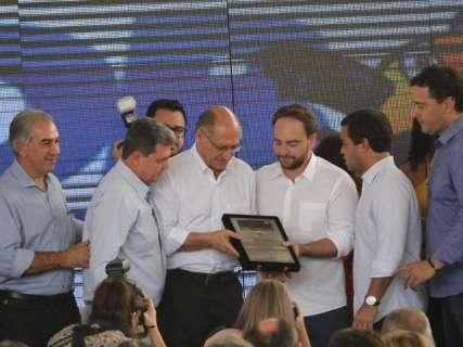 """Reinaldo pede apoio a Alckmin para evitar """"salvadores da pátria"""""""