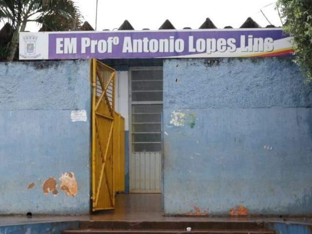 Escola Municipal Professor Antonio Lopes Lins em Campo Grande (Foto: Kisie Ainoã)
