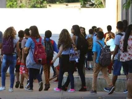 Prefeitura nomeia 586 professores para a Rede Municipal de Ensino
