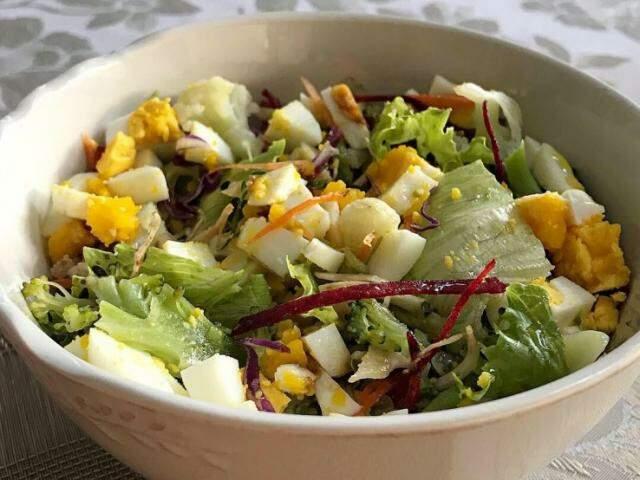 Salada para complementar a receita de moranga com shimeji (Foto: Arquivo pessoal)