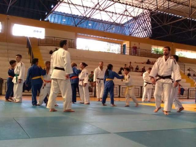 Judocas amadores e veteranos se encontrarão neste sábado (Foto: Bruna Kaspary/Arquivo)