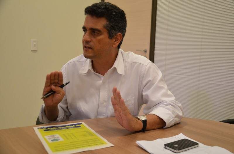 """""""Poços artesianos mal construídos que não atendem a legislação podem contaminar o Aquífero Guarani"""", alerta José, presidente da Águas Guariroba."""