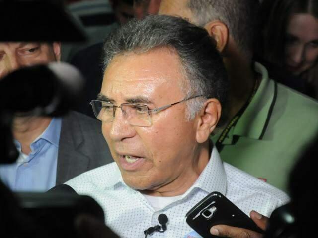 Odilon de Oliveira, candidato do PDT, durante entrevista à imprensa. (Foto: Paulo Francis/Arquivo).