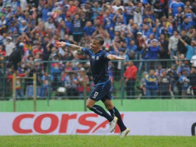 Atacante fez sua última partida na Indonésia no último domingo e deve estar liberado para domingo (Foto: Divulgação)