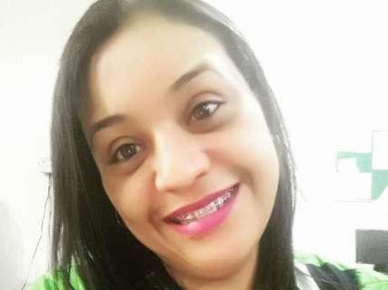 Escolas reduzem aulas em luto pelo assassinato de professora pelo ex